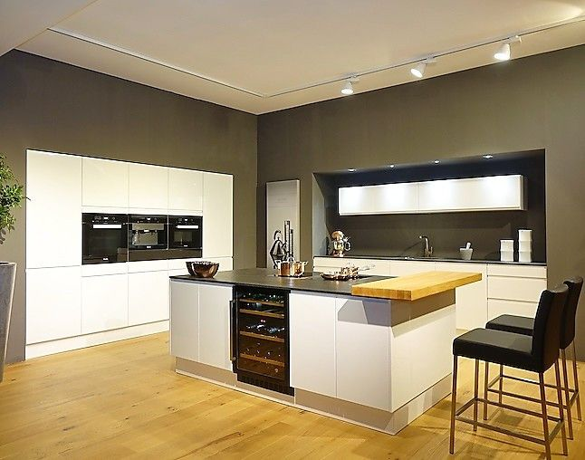 pyrolyse backofen kitchenaid koasp edelstahl with pyrolyse backofen bosch hbgbw mit autopilot. Black Bedroom Furniture Sets. Home Design Ideas