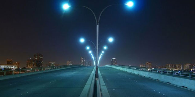 Detroit Basically Completed The Replacement Of Nearly 20 000 Faulty Led Street Lights Led Street Lights Street Light Led