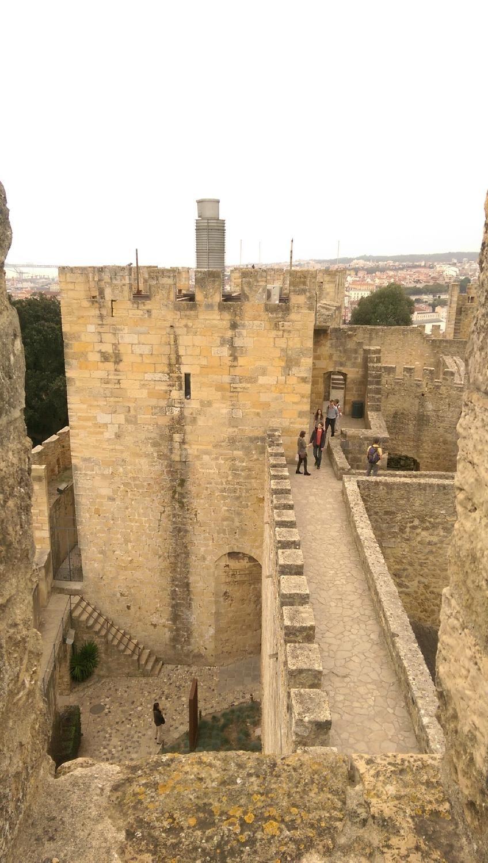 Castillo de San Jorge - Interior de las murallas Lisboa, Portugal