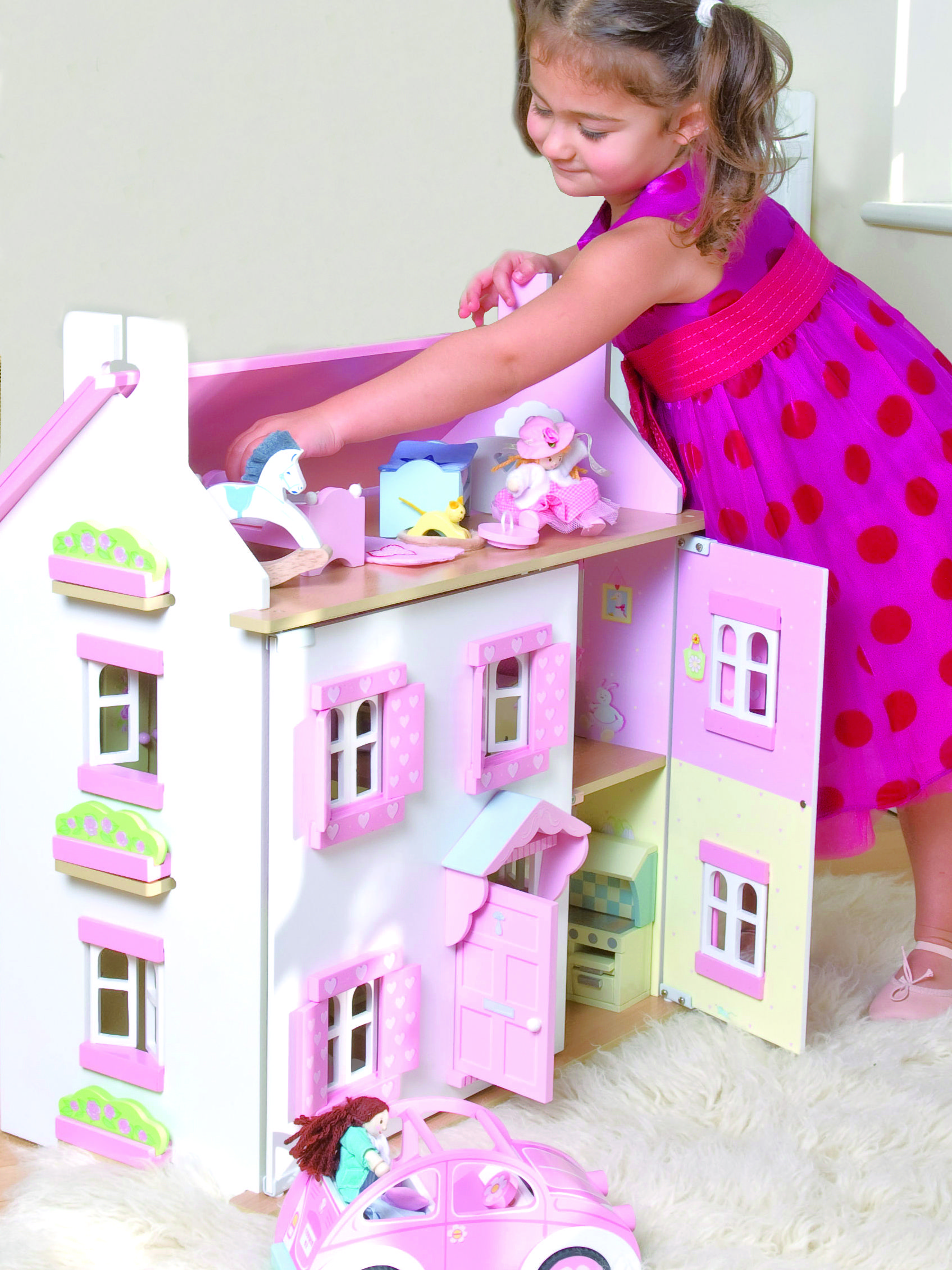 Sophie Dolls House By Le Toy Van