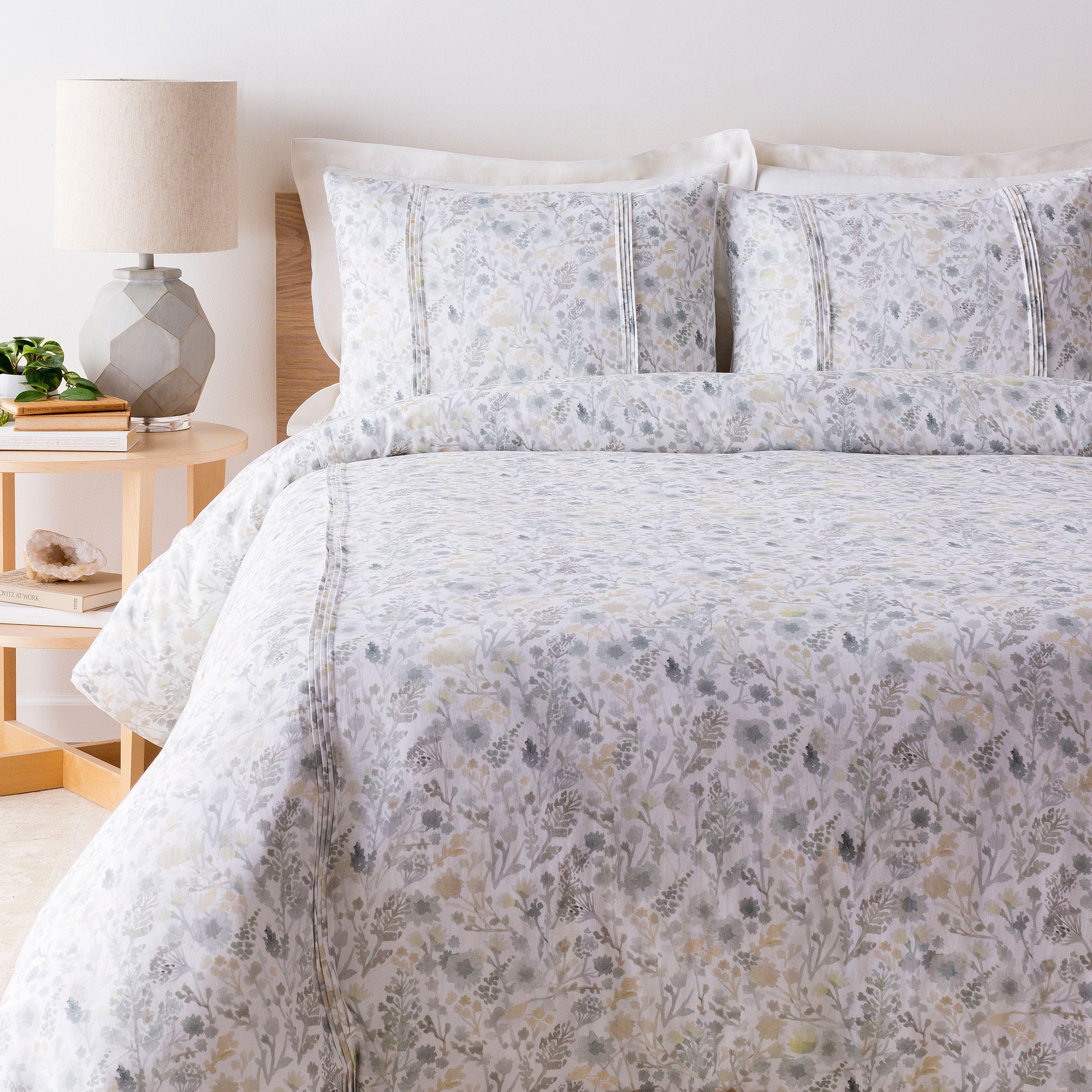 Watercolor Design 3 Piece King King Ca Duvet Bedding Set White