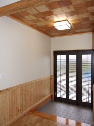 施工例 天井板 無垢板 羽目板 天然ボード 網代天井 玄関 木の店さん