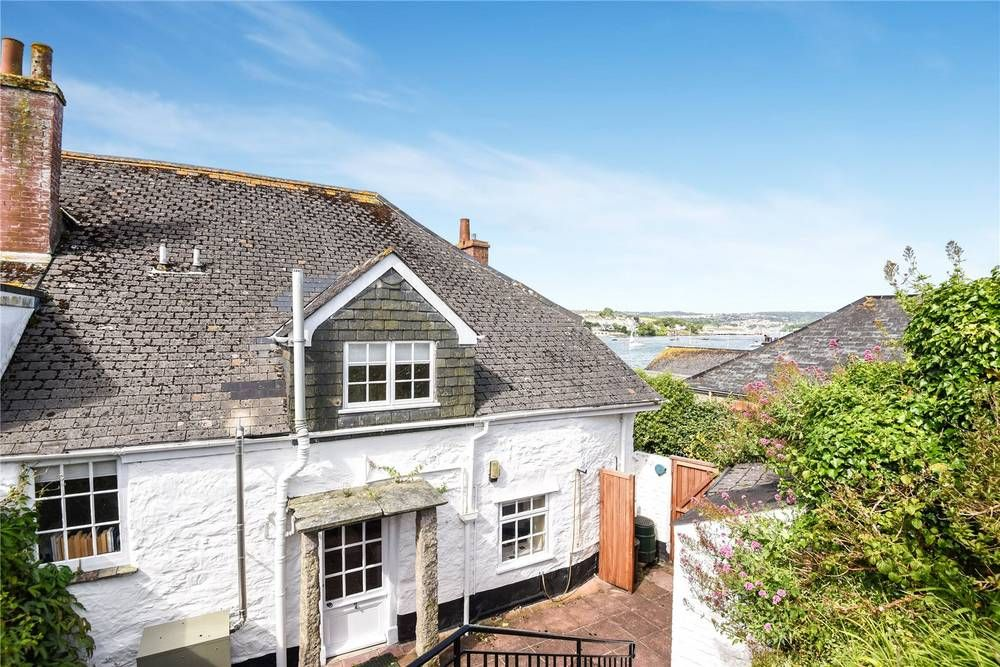 Wondrous House For Sale Trefusis Road Flushing Falmouth Cornwall Download Free Architecture Designs Salvmadebymaigaardcom