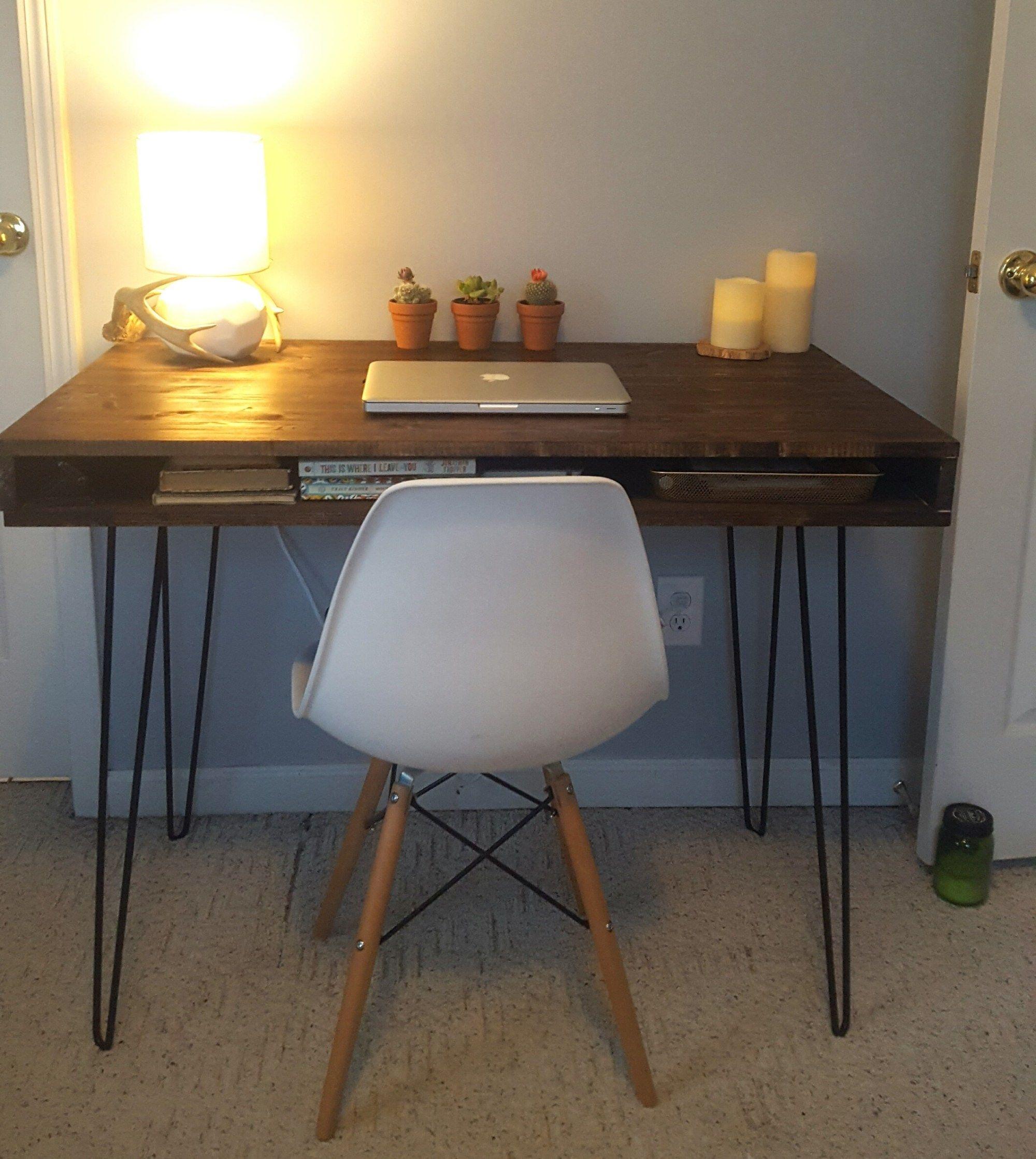 Mid Century Modern Desk Built By Reader Using Remodelaholic Plans Mid Century Modern Desk Mid Century Desk Modern Desk