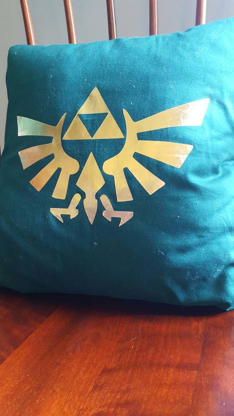 Zelda triforce u stained glass throw pillow zelda stained glass