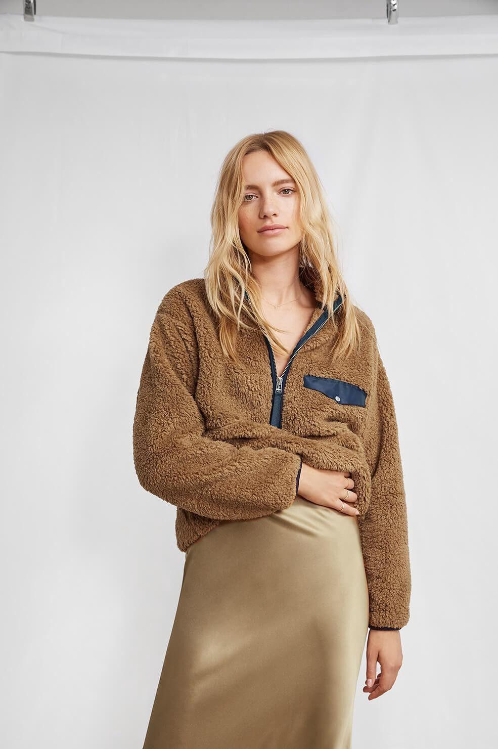 Pull Sierra marron col zipé – Aning Bing