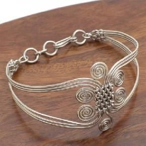 Silverplated Wire Woven Swirl Bracelet (Free Ship)