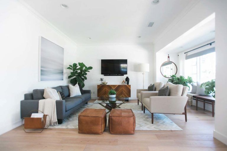 Mid Century Modern House In Newport Beach Gets Stylish Makeover Farm House Living Room Mid Century Living Room Decor Living Room Design Modern