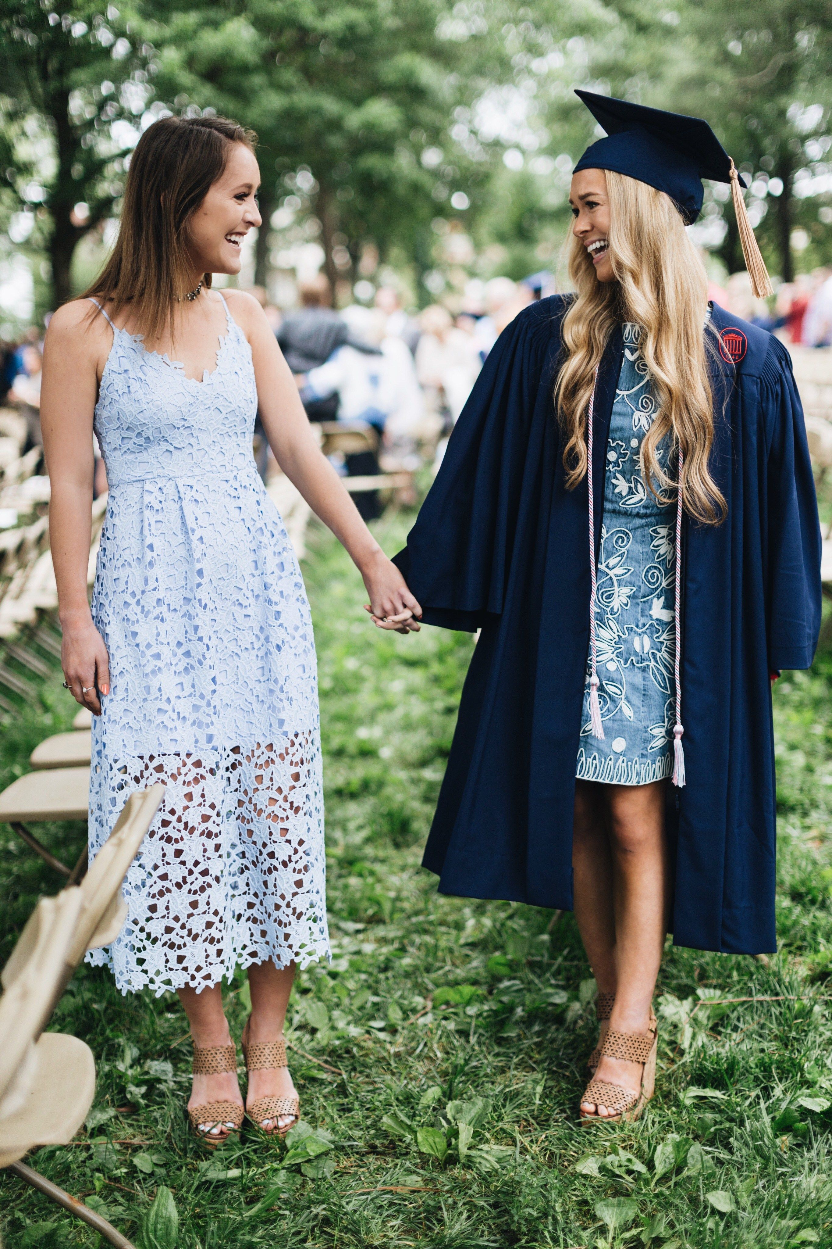Spring Graduation Outfits 50 Best Outfits Graduation Outfit College Graduation Dress College Graduation Gown [ 4096 x 2730 Pixel ]