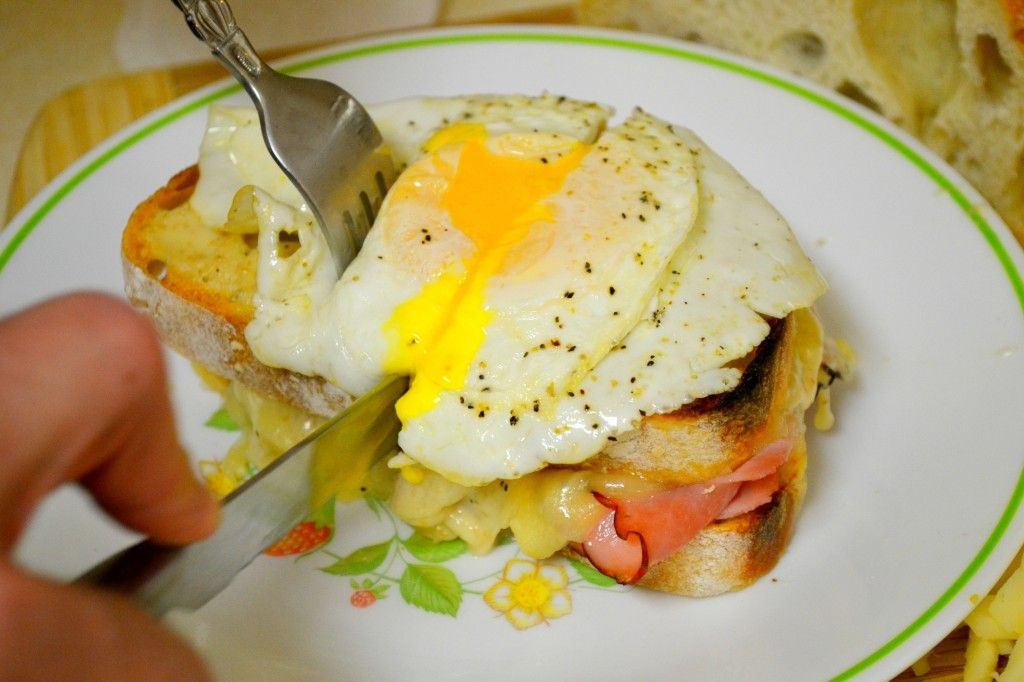 Croque Madame Monsieur traditional french sandwich authentic recipe