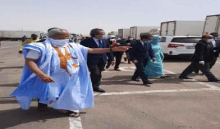 موريتانيا توفير كافة التسهيلات لسائقي الشاحنات المغاربة لتموين السوق المحلية بالمواد الغذائية Truck Driver Trucks Academic Dress