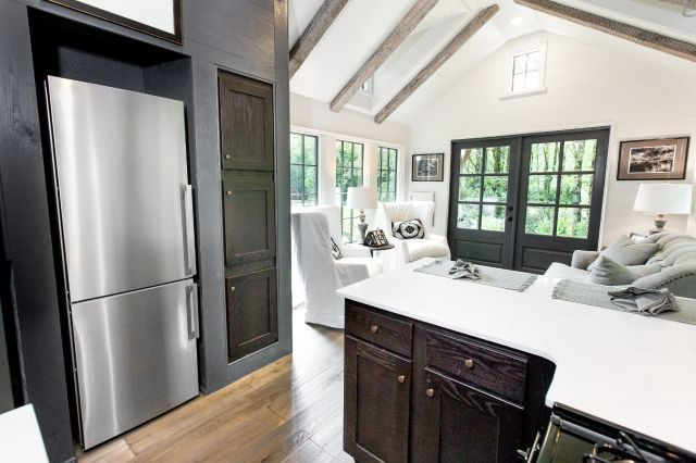 The Low Country 464 Sq Ft Tiny House Towns Small Room Design Tiny House Living