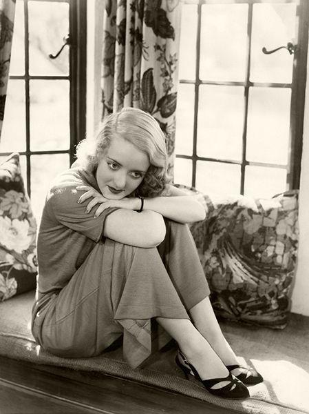 Bette Davis - photos and quotes - Bizarre Los Angeles