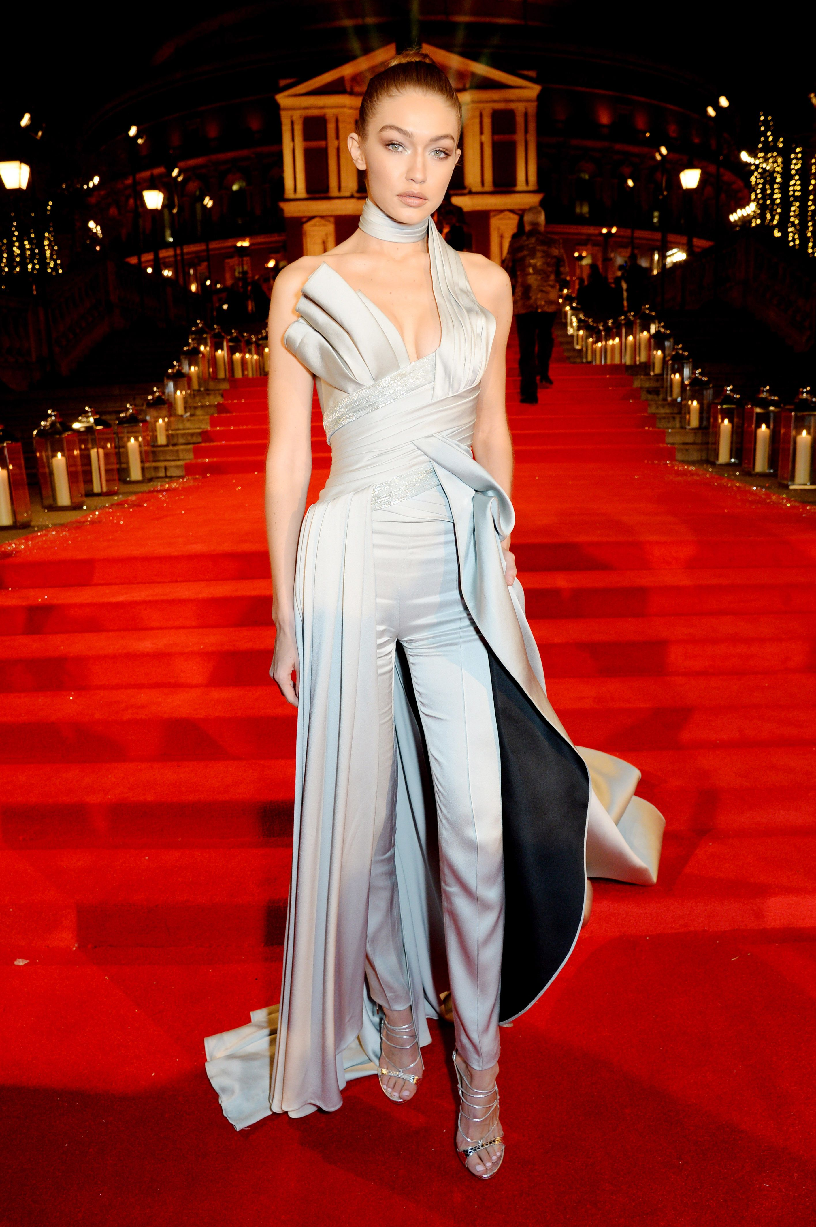 And The International Model Of The Year Is Fashion British Fashion Awards Hadid Style [ 4254 x 2831 Pixel ]