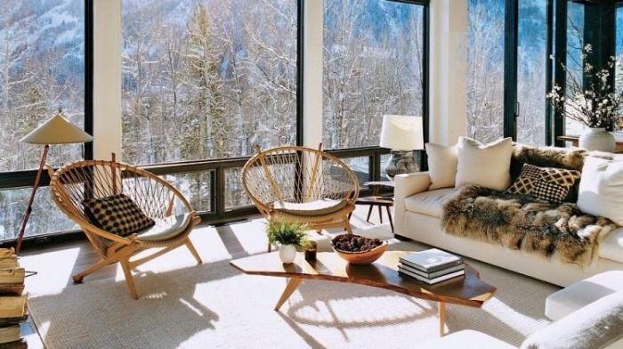 Charmant Zimmer Dekorieren, Deko Für Wohnzimmer, Mexikanische Stühle, Große Fenster,  Tisch Aus Holz