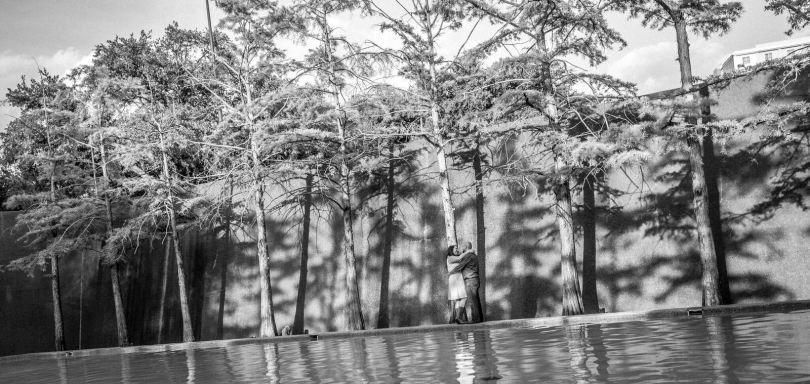 Fort Worth Water Garden Engagement Shoot | Fort Worth Engagement Photographer | Proof Photography