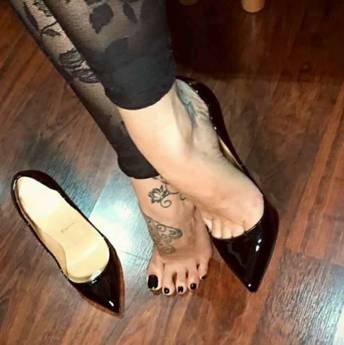 Low Cut Vamp Womens Shoes Toe Cleavage