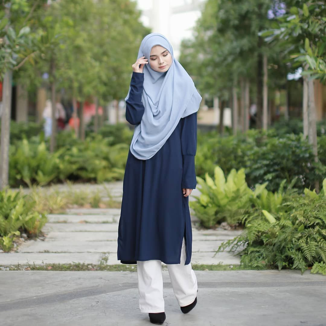 9,9 Likes, 9 Comments - EMPAYAR TUDUNG LABUH (@hijabgaleria