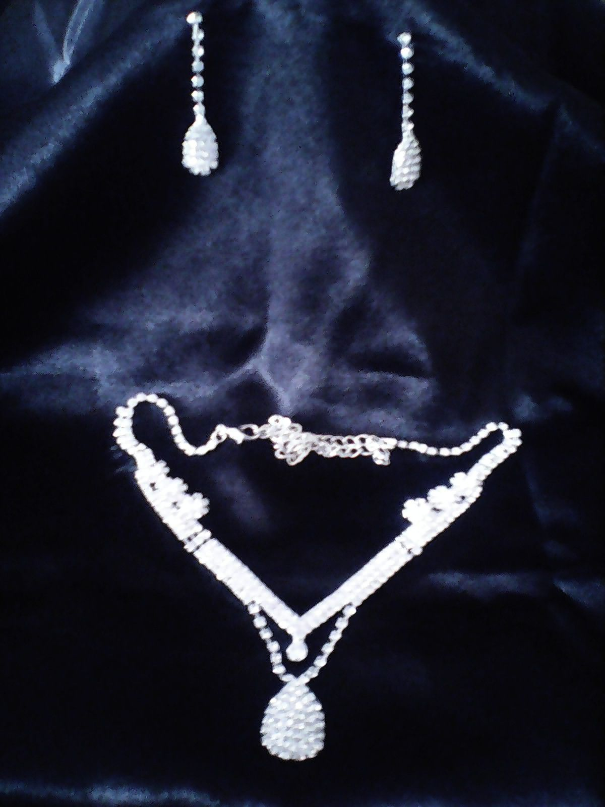 WATER DROP NECKLACE GIFT SET- PERFECT FOR PROM!
