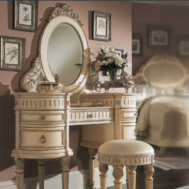 Etonnant Bedroom Vanity Sets   Interior Design   Bedroom Vanity Sets Are Very  Important Items For Women, Teenage Girls, And Even Men. However, We Often  Talk About ...