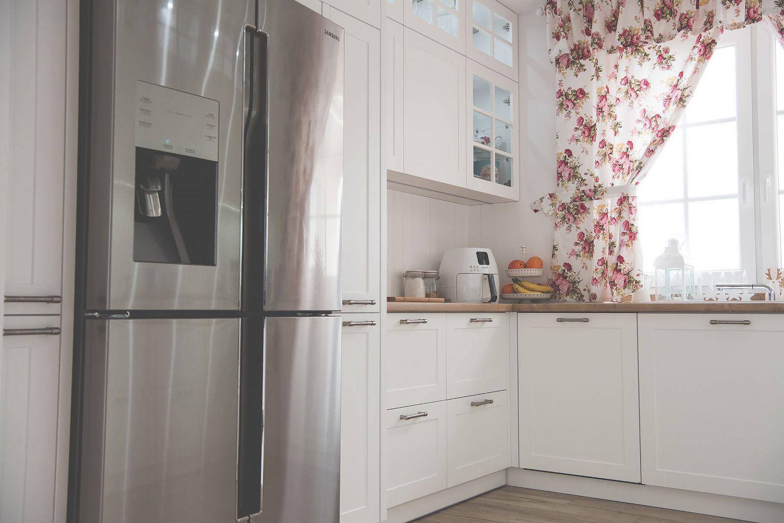 Najlepsza Lodowka Side By Side Home Decor Home Kitchen Cabinets