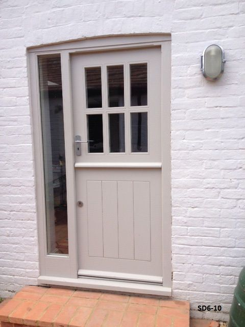 Stable Doors With 6 Panes Made From Oak And Painted Entrance In