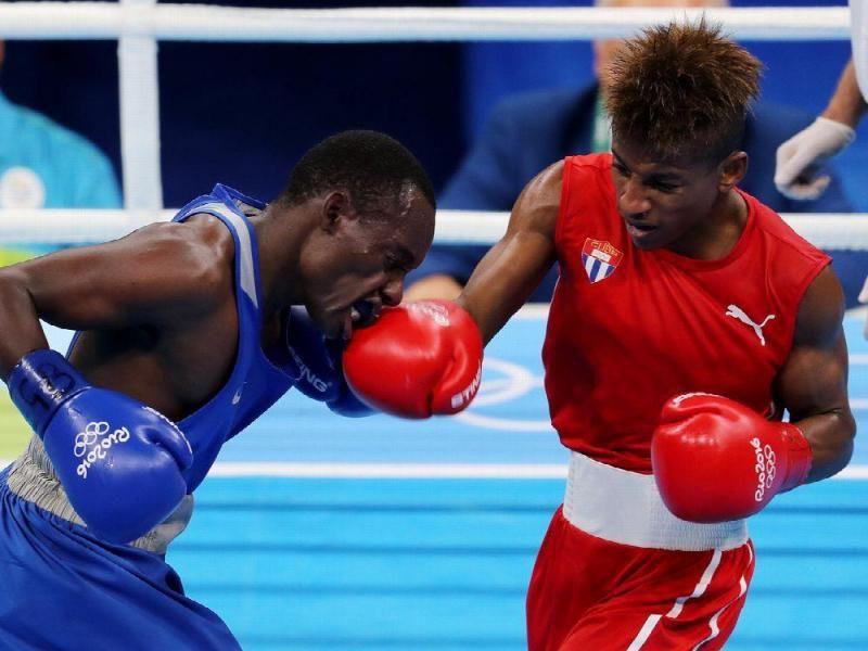 El campeón mundial de los mosca ligero Johannys Argilagos venció por votación unánime al keniano Peter Warui y aseguró para Cuba su primera medalla en los Juegos Olímpicos de Río 2016. / Leonardo Muñoz | EFE