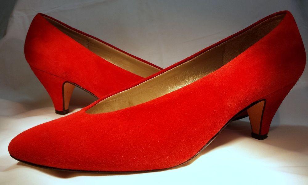 Red Italy Van Eli Suede Low 3 Inch Kitten Heels Size 9 Med Italian Low Vamp Vaneli Kittenheels Heels Kitten Heels