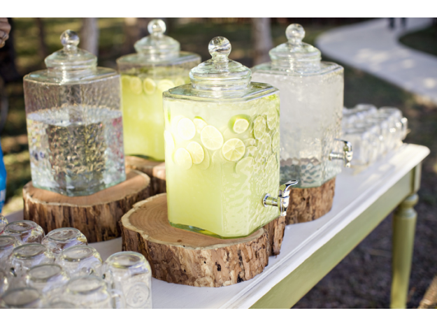 Drink Dispensers Of Lemonade And Tea Will Be Offered At A Beverage Station