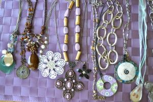 How to Restore Old Jewelry that Stinks!