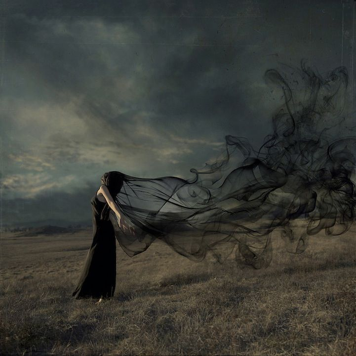 Fantasy Photography | haunting, moody and, at times, romanticized portraits of people with their own captivating narratives.
