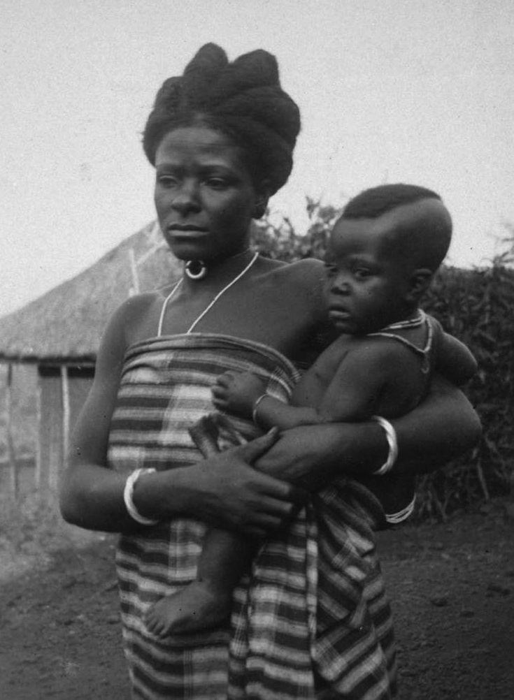 World Bedroom Furniture: Bamum Women And Child. Foumban, Cameroon. C.1911