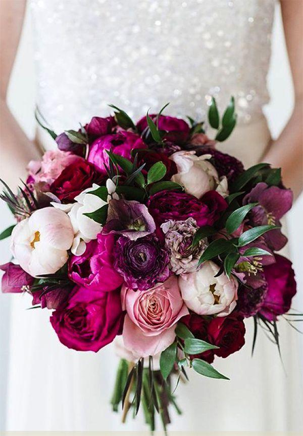 10 Stunningly Beautiful Winter Wedding Bouquets