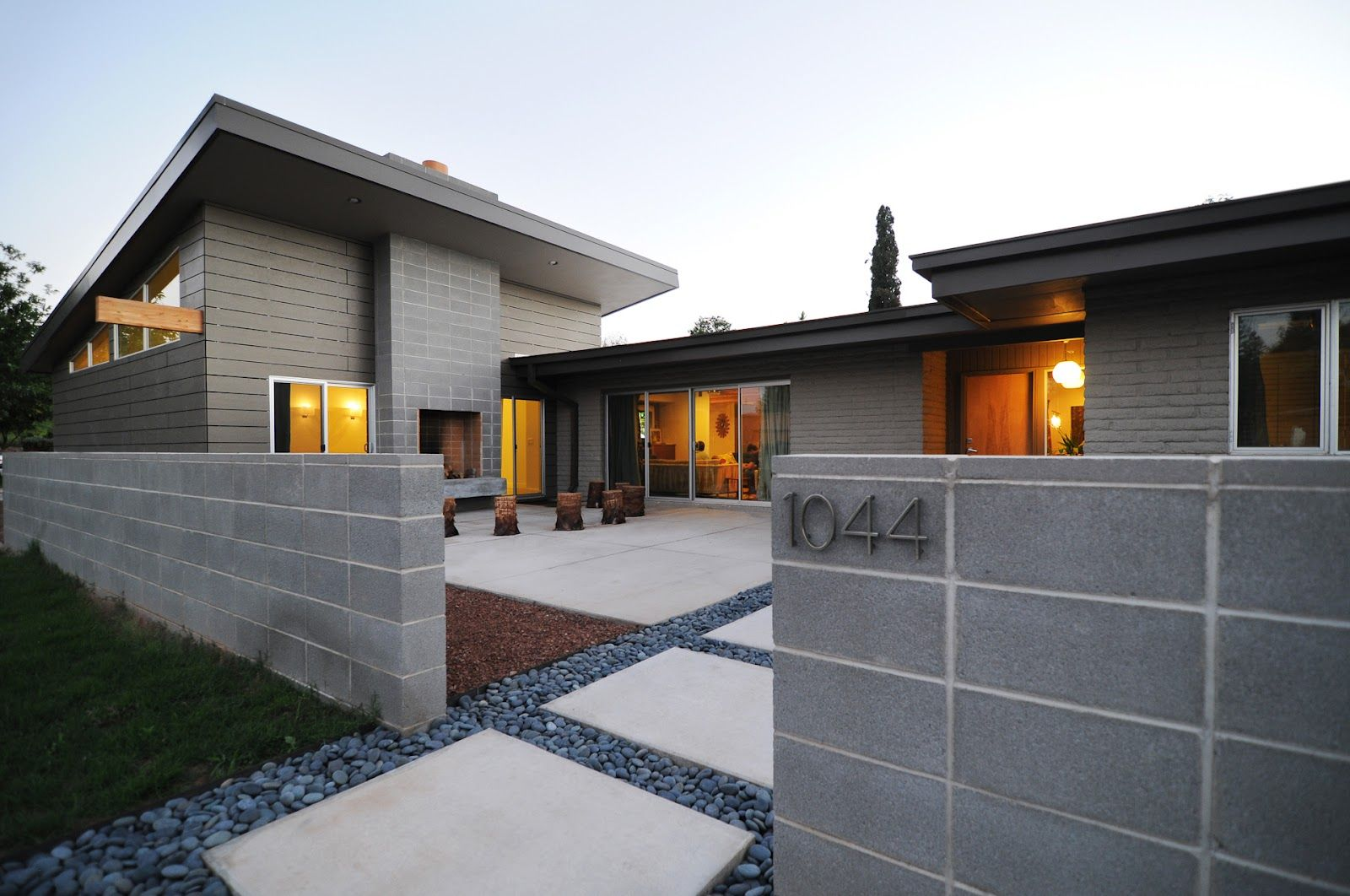 Straight Stacked Concrete Block From Cardigan Empire Exterior Brick Concrete House Modern House Exterior