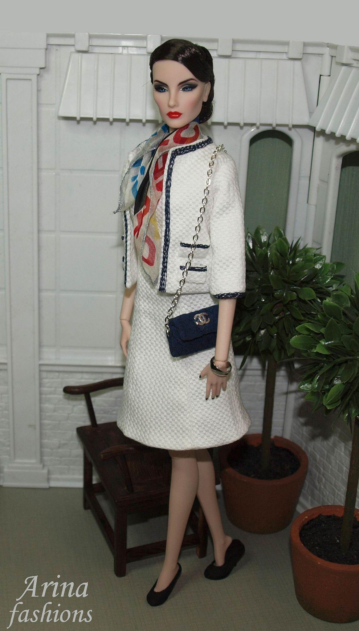 "https://flic.kr/p/jDJsUq | Midnight Star Elise Fashion Royalty | Midnight Star Elise Fashion Royalty in Arina fashions ""Chanel inspiration"""