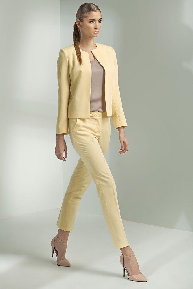 Veste femme Tailleur Courte Chic Boléro Jaune pastel Nife Z08 36 38 40 42  44. Voir cette épingle et ... 3de4acd4e044