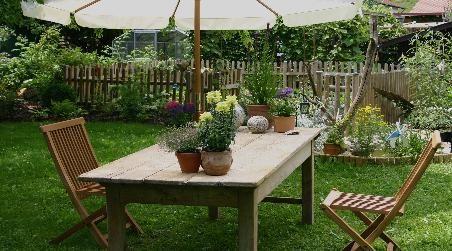 Table ancienne pour l 39 ext rieur dans le jardin se poser for Table exterieur zinc
