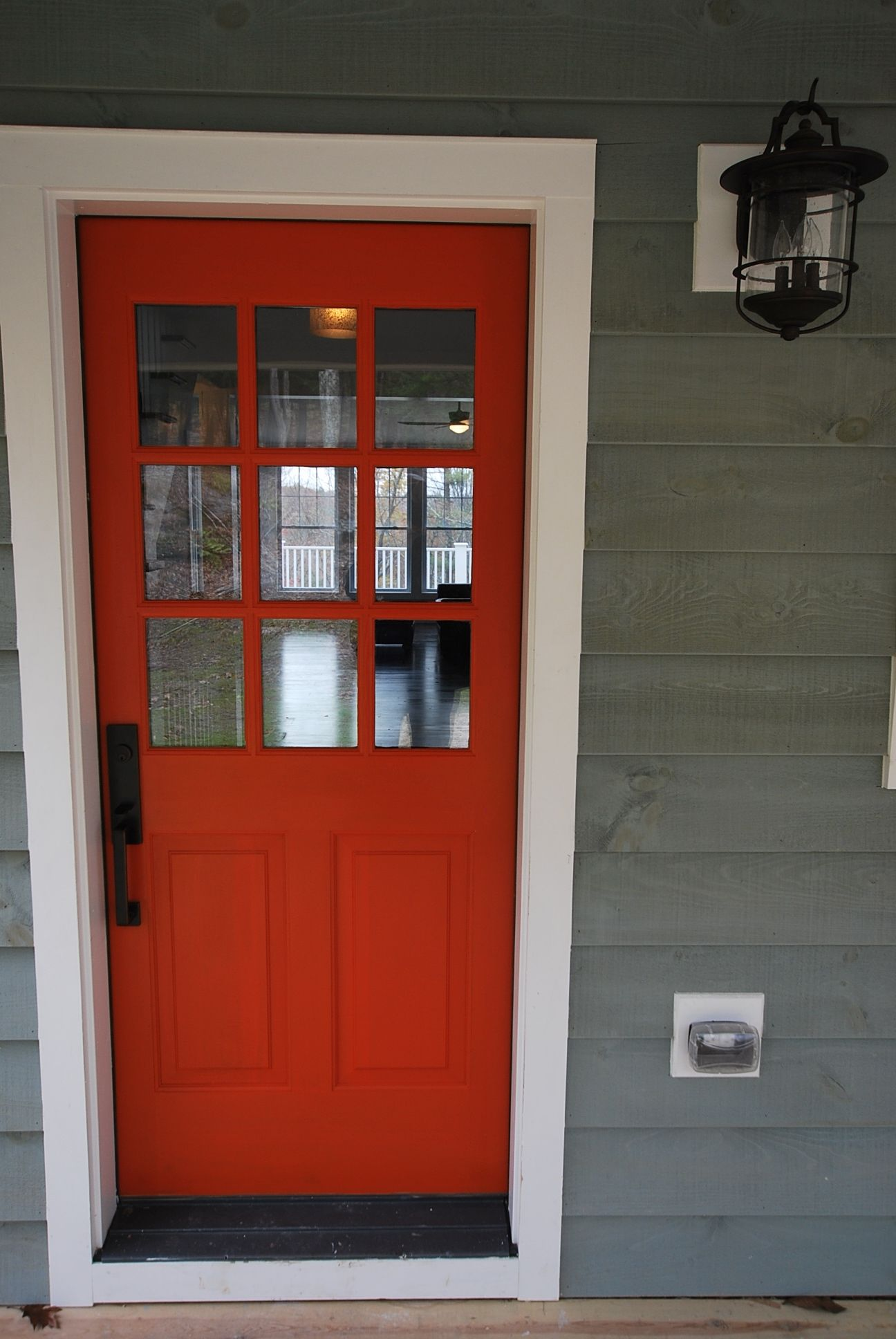 9   Lite Door (Color: Million Dollar Red 2003 10)
