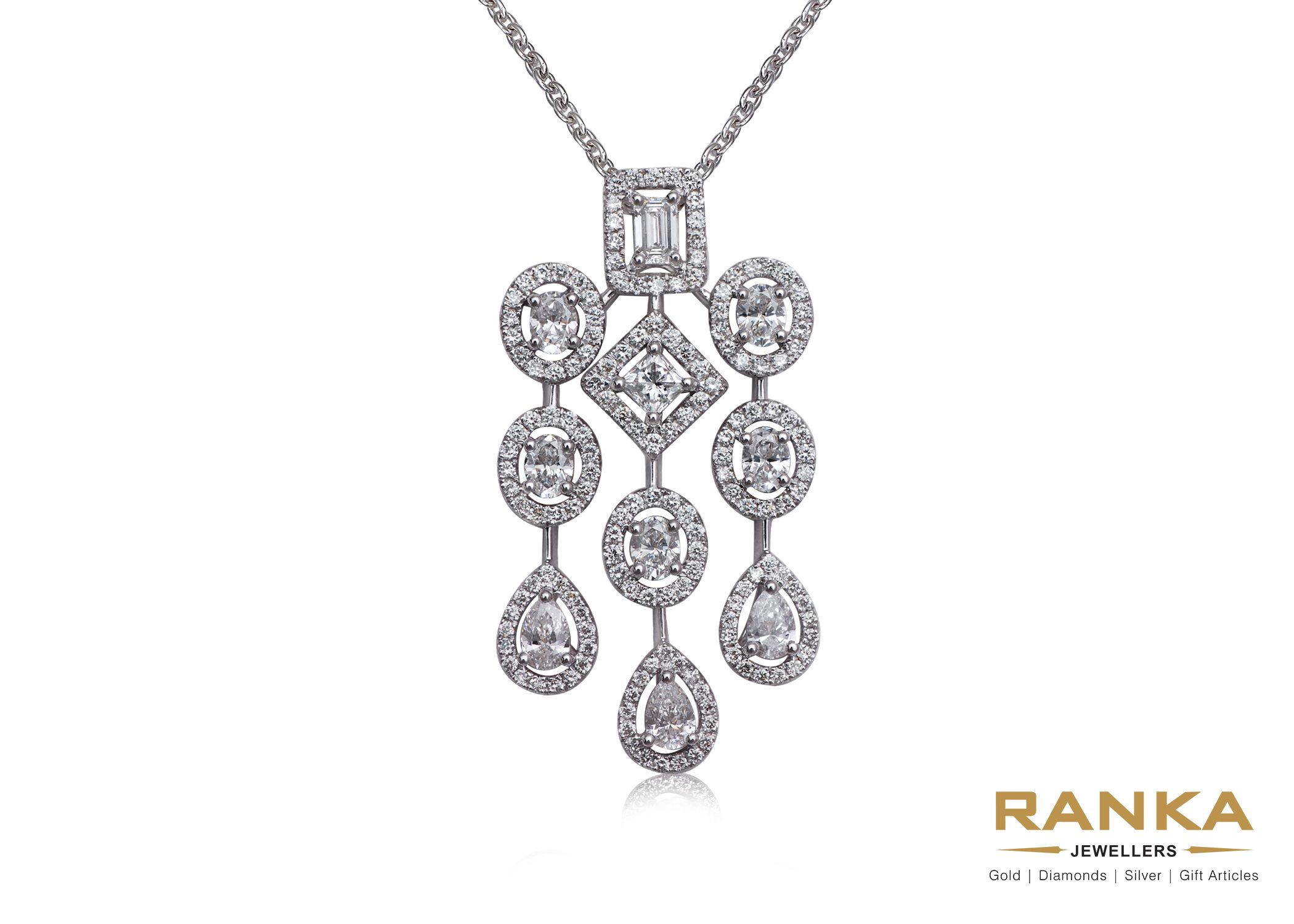 A diamond pendant to enhance your party look simple diamond