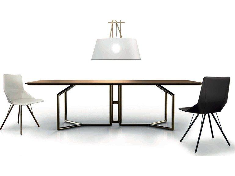 Tavolo rettangolare tolomeo collezione esedra suites by for Tavolo da studio