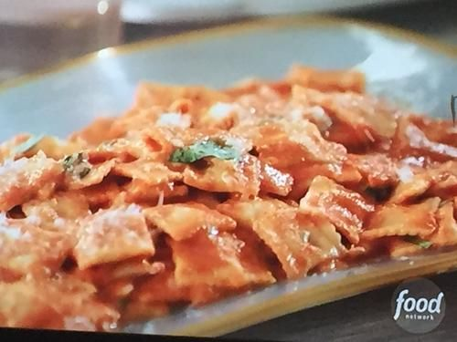"""Cheese Ravioletti in Pink Sauce (Fro-mantic Dinner for Eight) - Giada De Laurentiis, """"Giada Entertains"""" on the Food Network."""