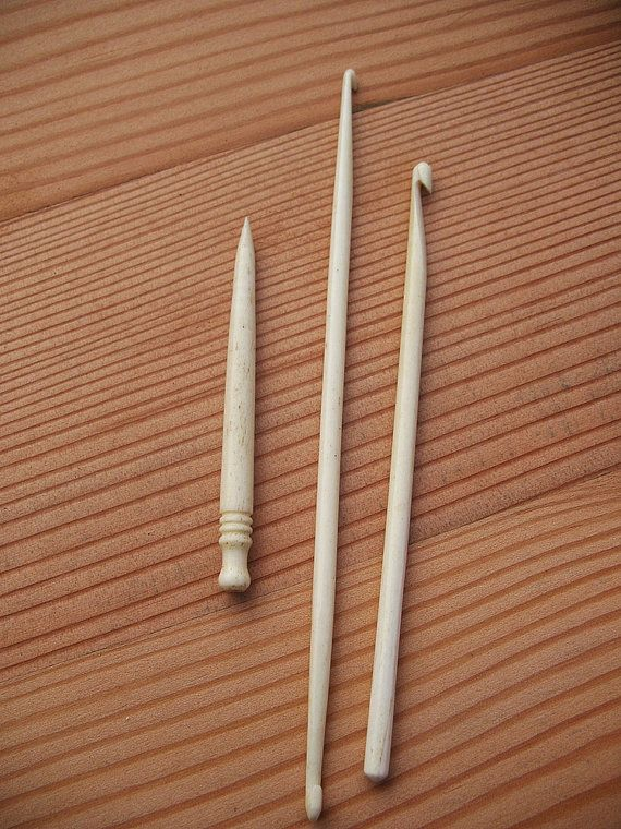 THROWBACK WEEKLY SALE KNITTING NEEDLES AND CROCHET HOOKS ALL £1
