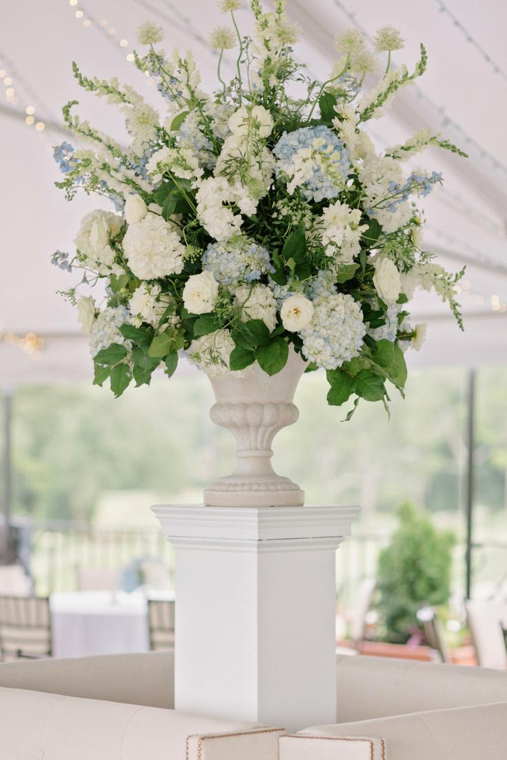 Floral Centerpiece Designed By Edge Design Group Large Floral Arrangements White Floral Arrangements Large Flower Arrangements