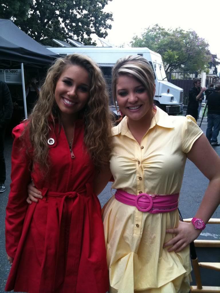 Haley Reinhart And Lauren Alaina Lauren Alaina American Idol Haley Reinhart