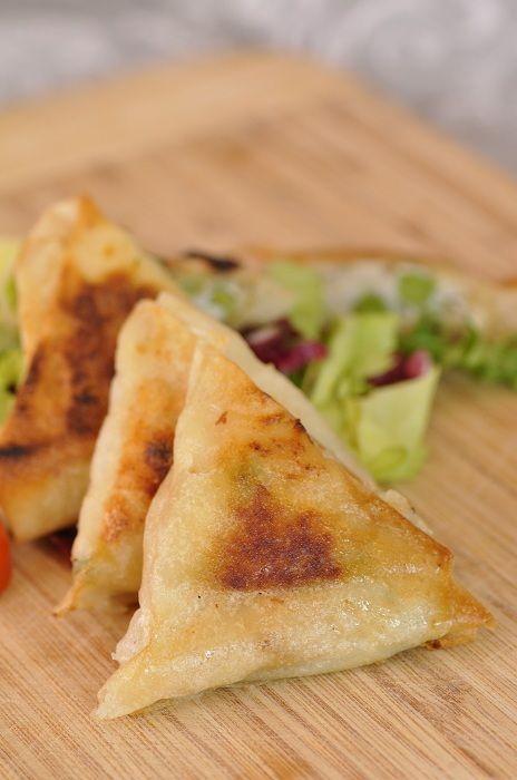 Samoussas ou triangles de bricks au poulet - Blog cuisine avec du chocolat ou…