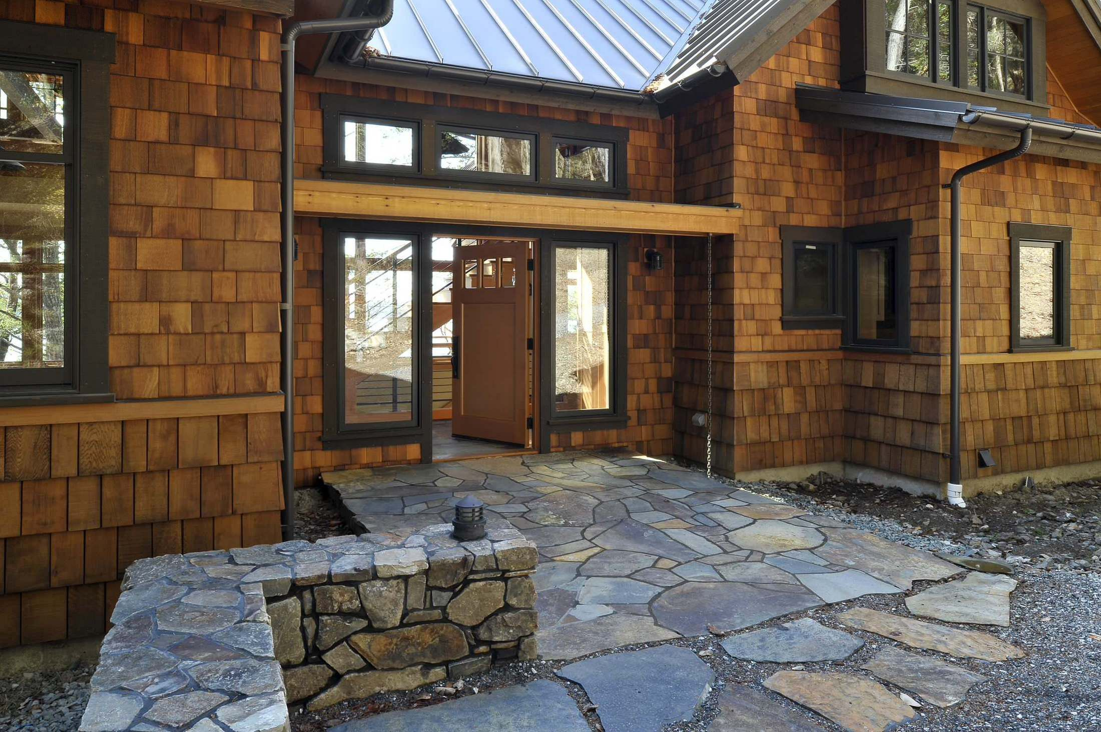 Best Black Framing With Cedar Shingles Usual House Exterior 400 x 300