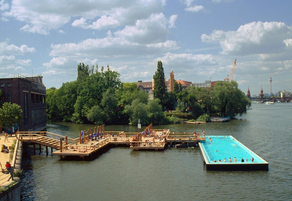 swimming pool in spree river berlin par fernando menis architects it is a swimming pool. Black Bedroom Furniture Sets. Home Design Ideas