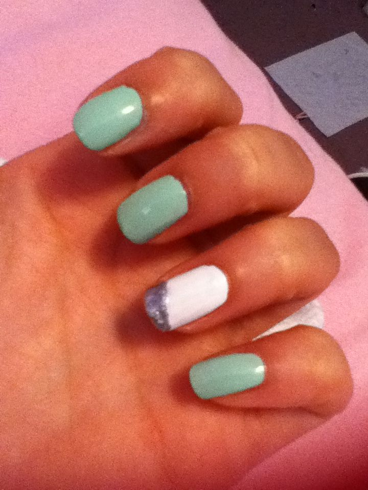 Nails- Mint Sorbet by Sally Hansen           Daddy's Credit Card by Spoiled           Blanc by Essie