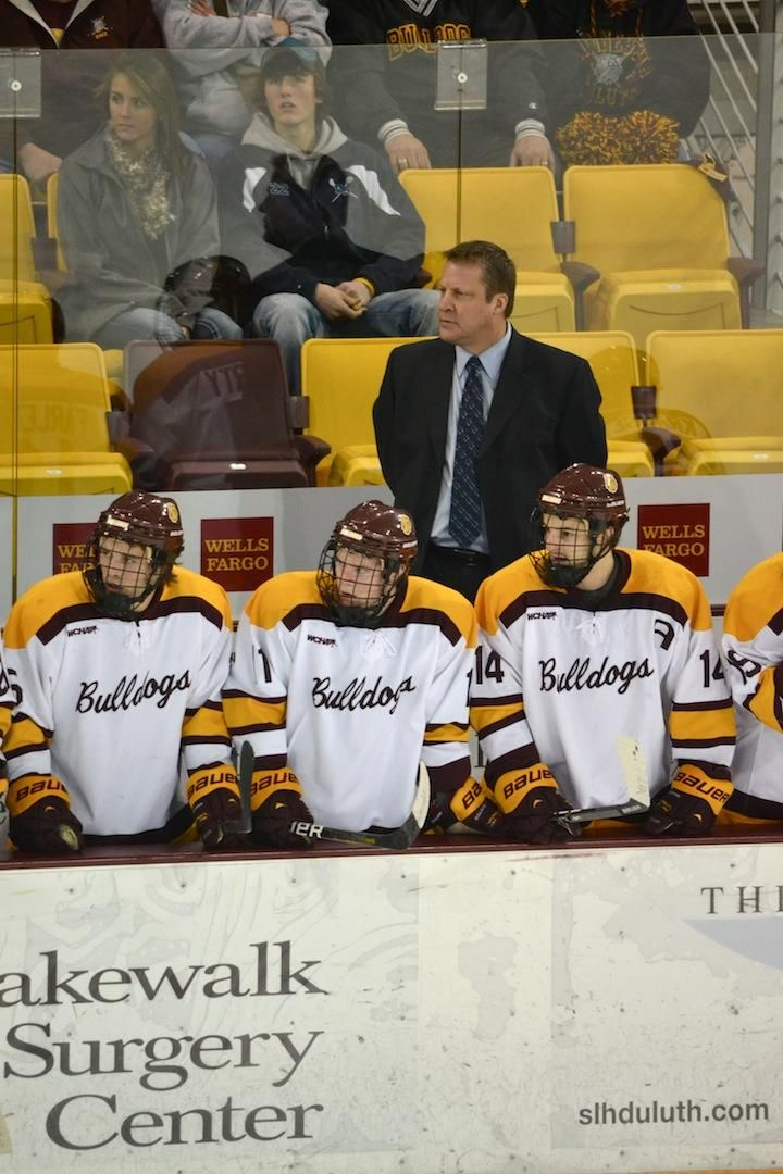 This Past Weekend Men S Hockey Coach Scott Sandelin Achieved His 500th Career Coaching Game December 2012 Hockey Coach College Hockey Hockey Camp