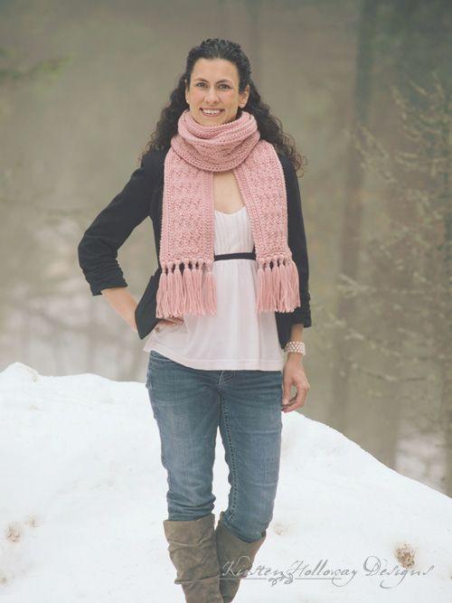 The free La Vie en Rose ladies scarf pattern is simple and easy to ...